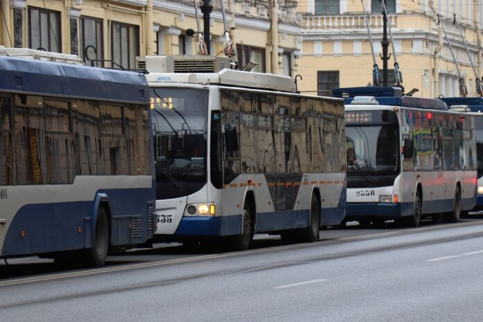 milano-bus-intelligente-verde-semafori