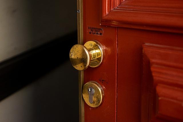 milano-consigli-come-proteggere-casa-dai-furti