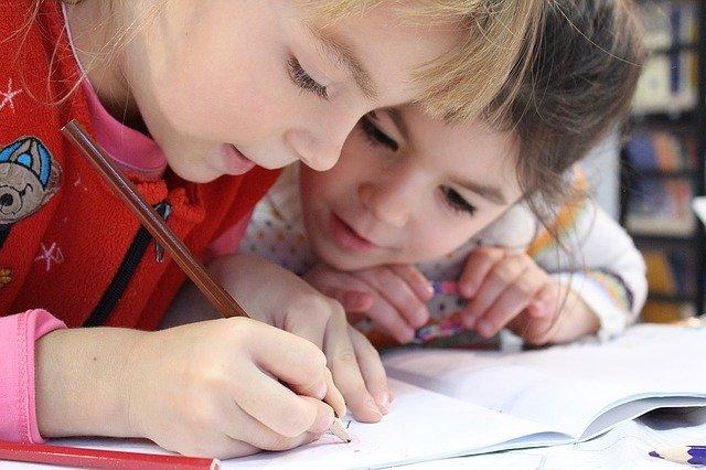 nolo-solidarieta-bambini-elementari